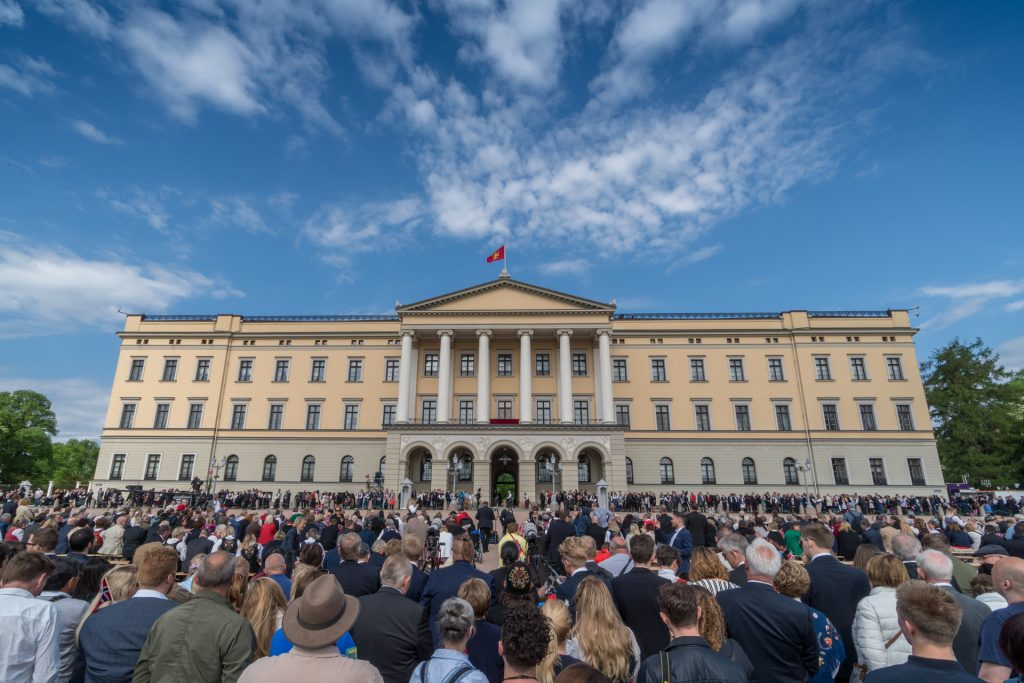 Nationalfeiertag am Schloss in Oslo